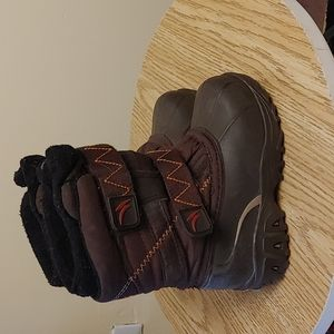 Acton kids winter snow boots brown size 9